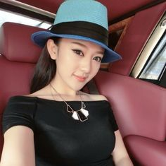 Pretty navy panama hats for women summer wear straw hat UV