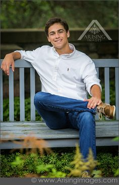 Guys-senior portrait | outfit & pose ideas                                                                                                                                                      More