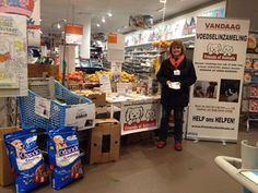 29 nov 2014 - voerinzameling AH in winkelcentrum de Hoef in Alkmaar
