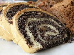 This Ukrainian/Russian sweet yeast dough recipe is the basis for many sweet breads like poppy seed rolls, nut rolls, and braided wedding breads. Gluten Free Baking, Gluten Free Desserts, Fun Desserts, Gluten Free Recipes, Easy Nut Roll Recipe, Rolls Recipe, Gluten Free Nut Roll Recipe, Poppy Seed Filling, Poppy Seed Cake