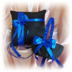Royal Blue Black Wedding Pillow Basket - Flower Girl Basket Ring Bearer Pillow - Royal Blue Wedding Ceremony Decor Keywords: #weddings #jevelweddingplanning Follow Us: www.jevelweddingplanning.com  www.facebook.com/jevelweddingplanning/