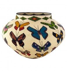 Pictorial Wounaan Baskets - Wounaan Rainforest Baskets. So lovely.....a work of art!
