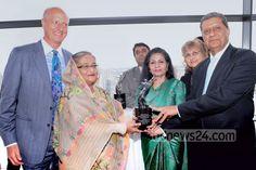 Primera Ministra de Bangladés recibe premios 'Planet 50-50 Champion' y 'Agente de Cambio'. Visite nuestra página y sea parte de nuestra conversación: http://www.namnewsnetwork.org/v3/spanish/index.php #nnn #bernama #malasia #malaysia #bangladesh #banglades #premios #onu #un #asia #planet5050 #noticias #news #actualidad