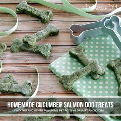 These homemade dog treats are based on the classic combination of salmon and cucumber, and get a bonus boost of naturally green colour from spirulina powder, just for fun. Salmon Dog Treats Recipe, Dog Treat Recipes, Spirulina Powder, Homemade Dog Treats, St Patricks Day, Green Colors, Yummy Treats, Cucumber, Cute Dogs