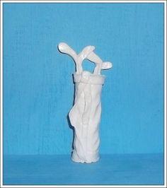 Miniatura feita em 100% resina. - cor branca R$ 2,42