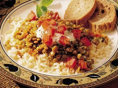 om nom nom Indian lentils. White-person/Betty-Crocker-style!