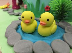 The ducks made by fondant
