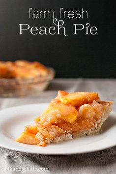 Original Recipe: Southern Farm Fresh Peach Pie (this recipe only works with fresh peaches) / the Polka Dot Chair Just Desserts, Delicious Desserts, Yummy Food, Healthier Desserts, Pie Dessert, Dessert Recipes, Fresh Peach Pie, Peach Pie Recipes, Sweet Recipes