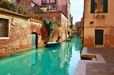 Venice - Article about why the city is under water
