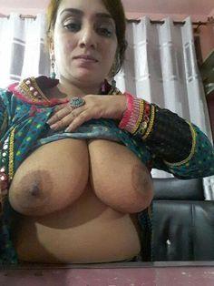 Sexy desi erotic boobs