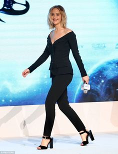 Jennifer Lawrence innDior attends the press conference of film 'Passengers' on December 17, 2016 in Beijing China