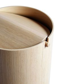 White Oak Paper Waste Basket with Lid - Small - Kalopanax Paper Waste Basket with Lid – Small – Nalata Nalata Best Picture For DIY decorating - Plywood Furniture, Cool Furniture, Furniture Design, Plywood Art, Plywood Storage, Furniture Movers, Furniture Stores, Furniture Plans, Office Furniture