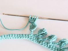 Tutoriel DIY: Réaliser du galon pompon au crochet via DaWanda.com