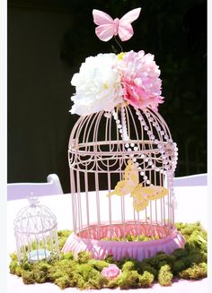 Garden Bash/ The birds.The Butterflies and the flowers! Birthday Party Ideas Garden Bash / The bir Butterfly Garden Party, Butterfly Birthday Party, Butterfly Baby Shower, Garden Birthday, Fairy Birthday Party, Birthday Parties, Butterfly Kisses, Flowers Garden, Flower Birthday