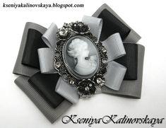 Ribbon Jewelry, Ribbon Art, Fabric Ribbon, Ribbon Bows, Jewelry Crafts, Tie Crafts, Ribbon Crafts, Fabric Flower Pins, Women Bow Tie