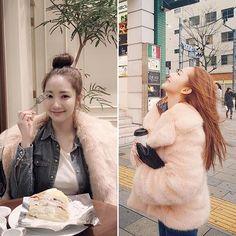 #에디터SJ의내일뭐입지 뉴욕에서 한국으로 복귀한 에디터내일은 기온 뚝 뉴욕 못지않은 추운 날씨를 보인다고 하네요. 청순한 #박민영(@rachel_mypark)처럼 데님 셔츠에 핑크 퍼를 매치해보는 건 어떨까요? 특히 데님과 핑크 컬러의 매치는 러블리함은 물론 스타일의 센스가 한층 더 돋보이는 컬러매치! -editor SJ #미녀의정석 #데일리룩 #dailylook #pink #denim #fur #style #parkminyoung #instylekorea  via INSTYLE KOREA MAGAZINE OFFICIAL INSTAGRAM - Fashion Campaigns  Haute Couture  Advertising  Editorial Photography  Magazine Cover Designs  Supermodels  Runway Models