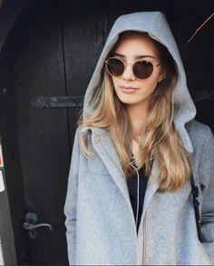 Sinta o conforto absoluto vestindo o óculos #682 da MODO. Feito de titânio com apenas 6,8 gramas e 0,6mm de espessura, ele se adapta perfeitamente ao formato de seu rosto e é tão leve que você nem perceberá que está usando. Leve, moderno e tecnológico! #innovaoptical #modo #modoeyewear #paperthin #sunglasses #oculosdesol #design #weselldesignforliving