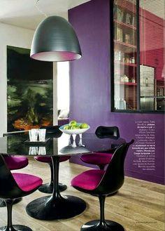 Sala de jantar: mesas redondas. Black Saarinen Tulip table