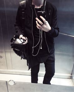 fashion // black // grunge // androgynous