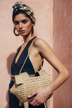 4 Beach Outfit Trends You Don't Want To Miss This Summer Look Fashion, Fashion Beauty, Womens Fashion, Fashion Tips, Beach Style Fashion, Fashion 2017, Fashion Trends, Look Festival, Scarf Styles