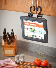Black iLatch Tablet Case for iPad