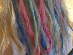 How to chalk your hair (and whether you should try) >> http://blog.diynetwork.com/maderemade/how-to/how-to-chalk-your-hair?soc=pinterest