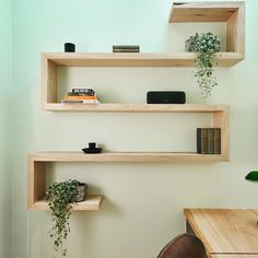 It might have been a bit on the small side but the shelfie potential is huge! We love those handmade shelves @sticksandwombat! #theblockshop #9theblock #theblock
