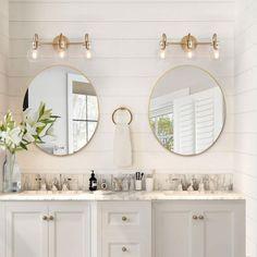 Vanity Light Fixtures, Bathroom Vanity Lighting, Light Bathroom, Bathroom Lights Over Mirror, Gold Mirror Bathroom, Master Bathroom Vanity, Master Bathroom Designs, Girl Bathroom Ideas, Brass Bathroom Fixtures