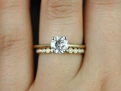Favorite. (Swap with white gold or platinum band)