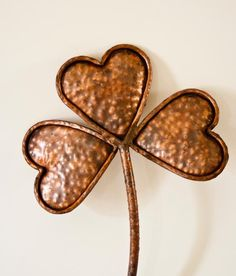 Hand copper heart shamrock pokes in the ground for custom sizes please convo Copper Work, Copper Color, Terracotta, Color Cobrizo, Copper Material, Crochet Bracelet, Metal Detector, Iron Decor, Gadget Gifts