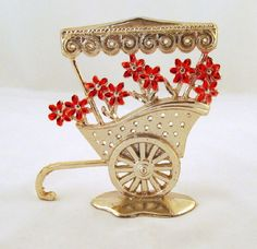 Vintage Silvertone Flower Cart Earring by GrapenutGlitzJewelry, $16.00