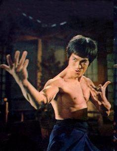 Fist of Fury - Bruce Lee