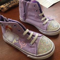 Kids 7 like converse Worn once Shoes