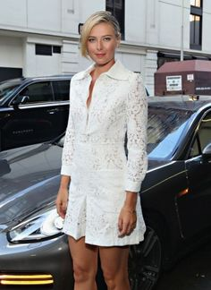 maria-sharapova-sugarpova-pop-up-shop-at-bloomingdales-flagship-in-new-york-city-august-2015-01-320x440.jpg (320×440)