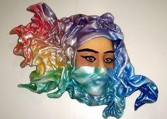 Olhar no deserto Baixo relevo  Fibra de vidro e resina Poliéster