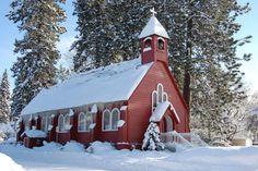 Old Country Churches, Old Churches, Carpe Diem, Church Pictures, Church Architecture, Coeur D'alene, Florida, White Barn, Winter Wonder