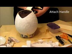 Make paperclay (paper clay) using an old food blender, water clay, and newspaper. By paper clay pioneer, artist and educator Graham Hay. Paper Mache Diy, Paper Mache Bowls, Paper Mache Mask, Making Paper Mache, Paper Clay, Diy Paper, Paper Crafts, Cardboard Box Diy, Paper Balloon