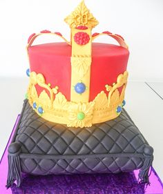 The royal crown on velvet cushion for that special visitor on their birthday. https://www.facebook.com/pages/Strawberry-Sky-Cakes/155937597766548