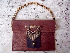 Tiny leather bag DIY.
