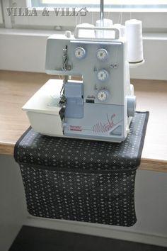 Villa ja Villa: DIY saumurin alusta roskapussilla Sewing Hacks, Sewing Projects, Juki, Villa, Recycled Denim, Pin Cushions, Diy Clothes, Diy And Crafts, Recycling