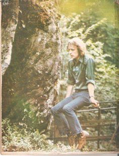 There's a forest. Cream Eric Clapton, Ginger Baker, Jack Bruce, Good Music, Rock N Roll, Couple Photos, Holy Spirit, Father, Classic