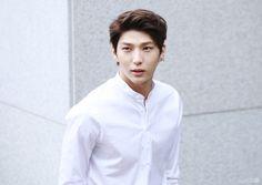160409 - Leo - Taekwoon - do not edit