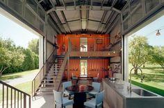 Ontwerper Adam Kalkin bouwt zeecontainers om tot prachtige woningen.