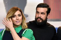Una de las estampas más entrañables fue la de Blanca Suárez con Mario Casas, que se ganaron la simpatía del público gracias a su romance televisivo en 'El barco'.