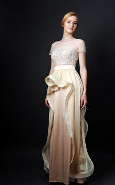 Verezhik House .............. long dress ............ material: 49% viscose, ..... 35% silk, ............ 14% polyamide, 2% elastan .........