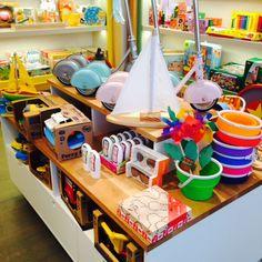 Teich Toys & Books, summer fun