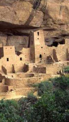 Cliff Palace Colorado: Pueblo people, Native Americans of the U.S. southwest named for the villages Pueblos they construct. While there're still vibrant pueblo communities today, Anasazi, an ancient pueblo society, flourished between 900 & 1200 AD. Cliff Palace was constructed in this golden age of Anasazi; dendrochronology dates most of the buildings at the site to  1200 AD. Occupation @ the sites were short-lived and it was abandoned by 1300 AD. & remained undiscovered in the desert 'til…