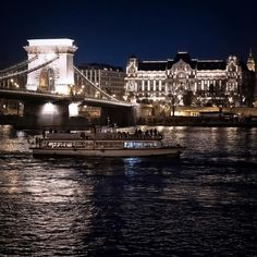Night on blue Danube  #ig_budapest #ig_hungary #nightphotography #streetphotography #iso_mania #travelhungary #budapestvisuals #ig_europe #living_europe #architecturelovers #wonderful_places #bbctravel #awesomeplaces #postcardsfromtheworld #europe_on_wheels #budapest_hungary #welovebudapest #ootd