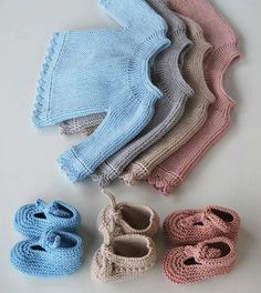 Pretty short-rows, round yoke baby sweaters and ballerina booties ~~ by mamamadejas