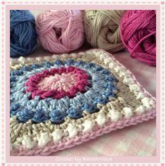 DIY – The Circle of Friends – virkad vänskapsruta – BautaWitch Manta Crochet, Knit Or Crochet, Crochet Motif, Crochet Crafts, Crochet Flowers, Crochet Stitches, Crochet Projects, Crochet Patterns, Crochet Circles